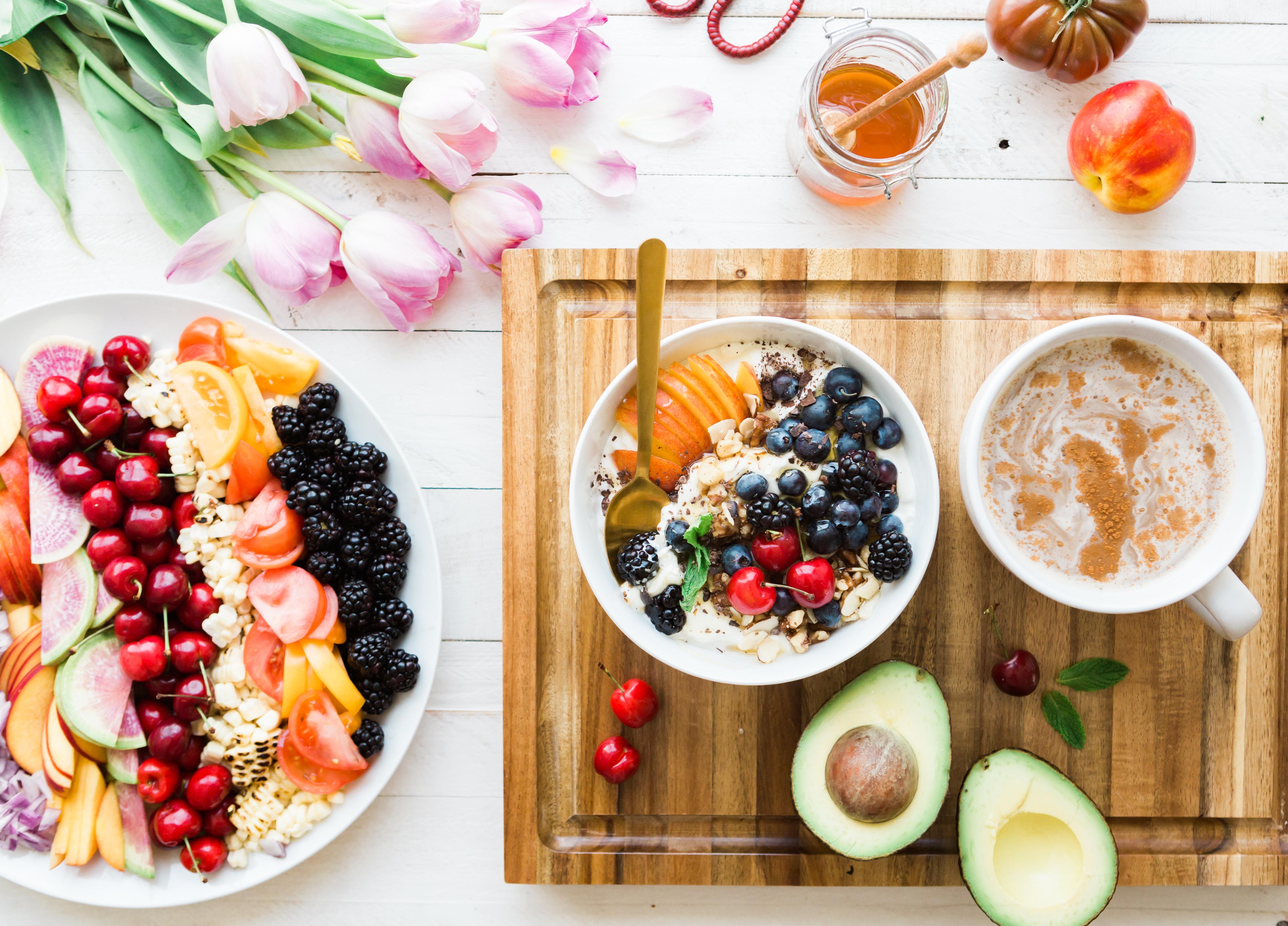 Sustituye los dulces por la fruta.