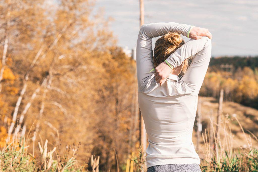 Hacer ejercicio por las mañanas siempre es de los hábitos más recomendados.